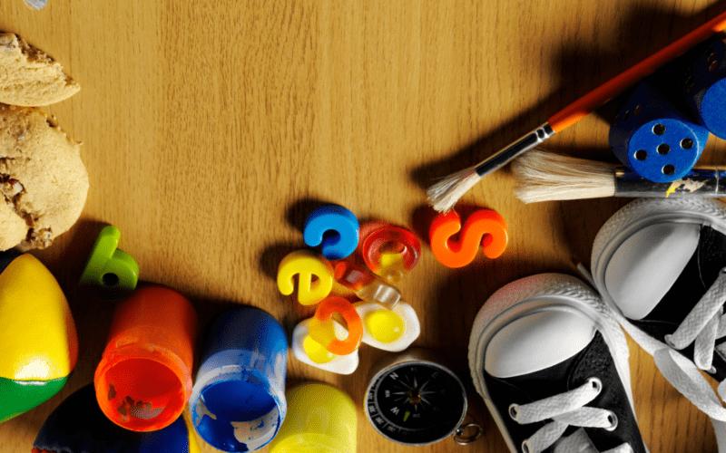 speelgoed en knutselspullen